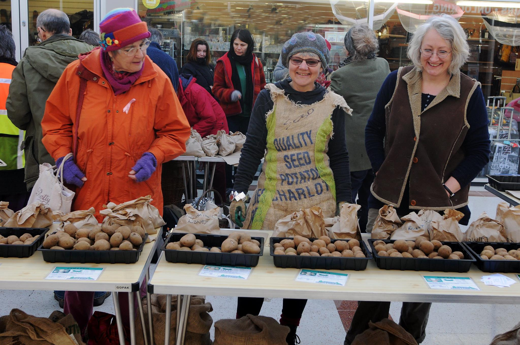 Bailey, Clare and Annie - Photographs courtesy of Simon Pizzey from Stroud Life Newspaper.